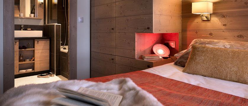 France_Flaine_montsoleil-terrasses-dhelios-apartments_bedroom2.jpg